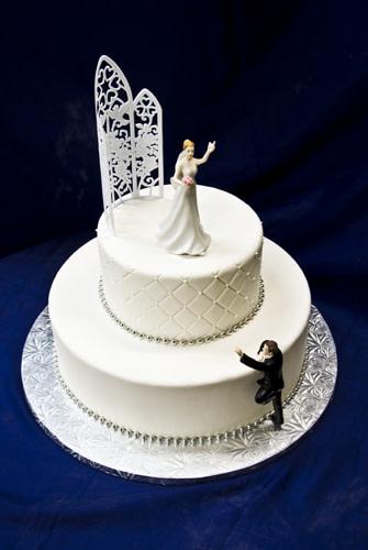 Divorce Cakes: Celebrate Your freedom!